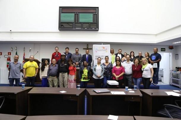 Participantes do Fórum sobre saúde mental e dependência química. (Foto: Divulgação)