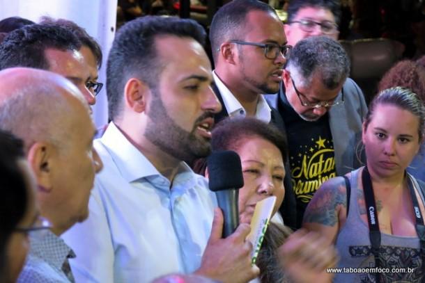 Ney Santos anuncia reajuste do salário da Frente de Trabalho de Embu das Artes de R$ 350 para R$ 1 mil a partir de janeiro.