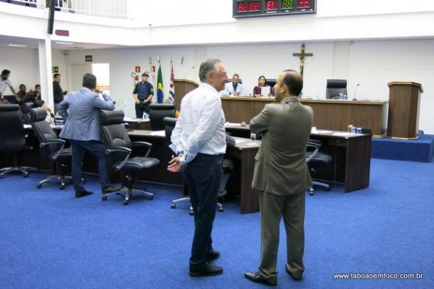 Câmara de Taboão da Serra vota o orçamento da Prefeitura para 2018.