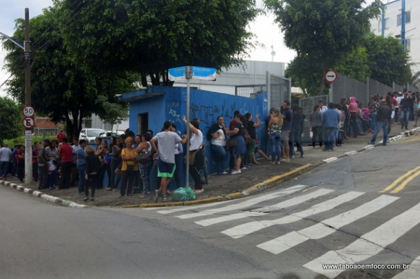 Filas viraram rotinas nas UBS's de Taboão da Serra desde o início da semana.