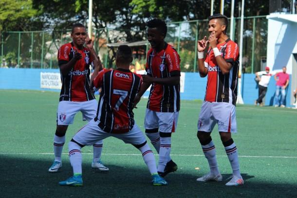 No outro jogo do grupo 24, Joinville goleou o Real e assumiu a liderança. (Foto: 2018_Lucas Gabriel Cardoso / O Cancheiro)