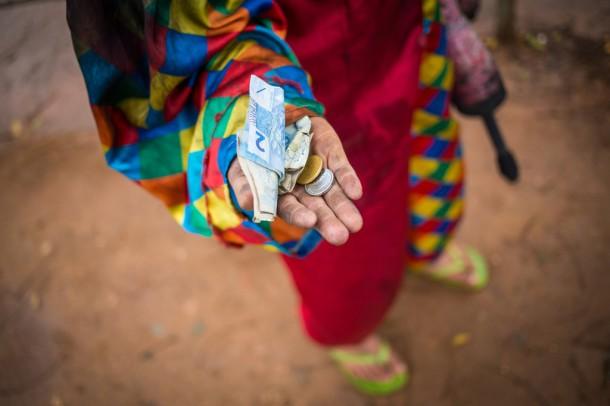 Programa de Erradicação do Trabalho Infantil vem acontecendo pelas ruas de Taboão. (Foto: Tiago Queiroz)