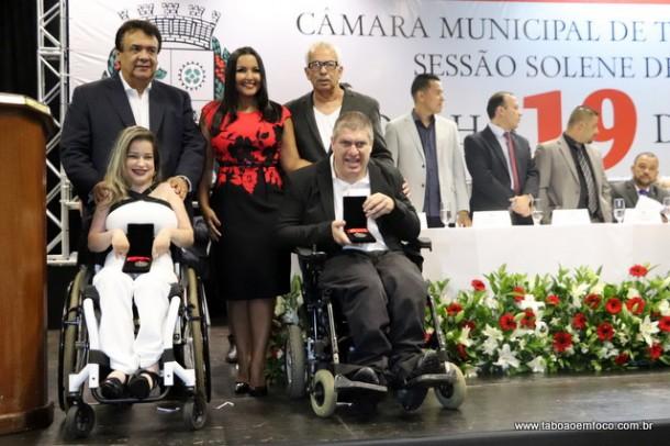 Joice Silva e os homenageados Evani Calado e Marcelo de Marco