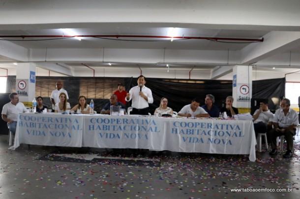 Presidente da Cooperativa José Aprígio durante abertura da Assembleia.