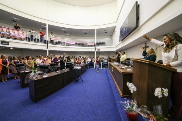 Evento foi realizado em parceria pela presidente da Câmara, Joice Silva e a vereadora Priscila Sampaio e definiu propostas de políticas públicas para mulheres. (Foto: Divulgação)