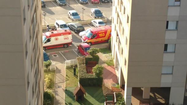 Policial mata esposa e se mata em apartamento no Jardim Helena. Uma criança também foi baleada. (Foto: Reprodução / Renato Aloi)