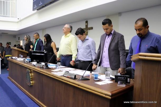 Os vereadores Marcos Paulo e Johnatan Noventa discordaram do teor do voto de repúdio proposto por Onishi.