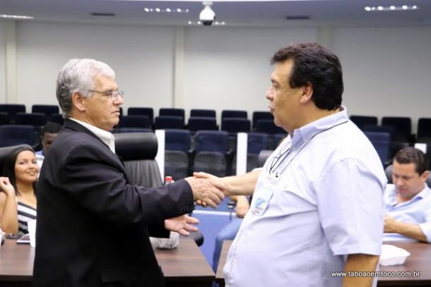 Walter Paulo é demitido pelo prefeito Fernando Fernandes em retaliação ao vereador Marcos Paulo, filho do ex-secretário. (Foto: Arquivo)