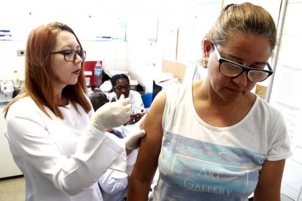 Shopping Taboão recebe neste sábado, 19, o posto volante da Secretaria de Saúde para a Campanha da Vacina contra o vírus H1N1 (Foto: Ricardo Vaz / PMTS)