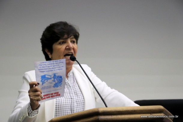 Folheto com acusações à vereadora acabou gerando debate político e virou caso de polícia.
