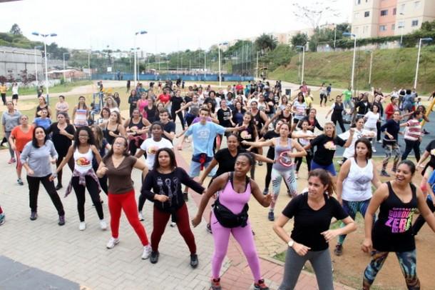 Parque Linear do Parque Pinheiros passa a ter aulas de zumba e as inscrições devem ser feitas de segunda a sexta no próprio núcleo. (Foto: Ricardo Vaz / PMTS)