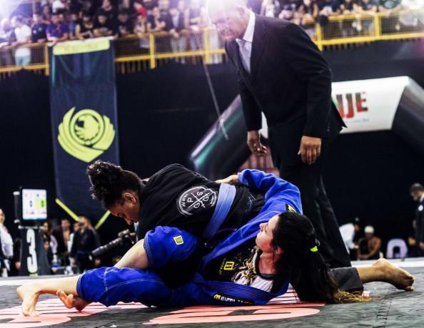 Os alunos do projeto Guerreiros do Gideão são medalhistas em campeonato mundial esportivo. (Foto: Divulgação)