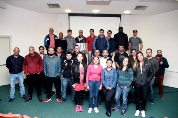 Ciclo de palestras é uma das atividades desenvolvidas com os 29 novos Agentes de Trânsito da Prefeitura de Taboão da Serra.  (Foto: Ricardo Vaz / PMTS)