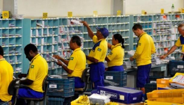 Correios passam a cobrar R$ 15 por encomendas internacionais. (Foto: Reprodução)