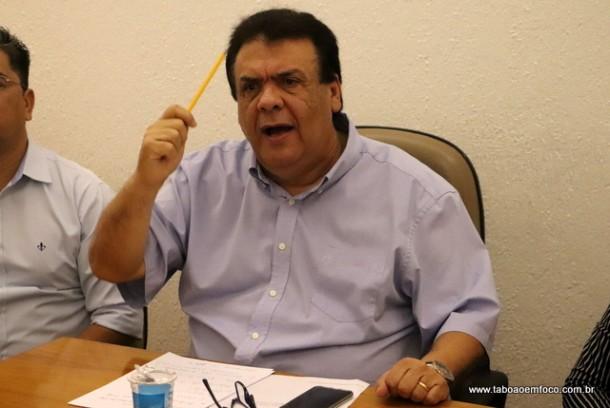 Fernando Fernandes acusa Ney Santos, cinco vereadores de Taboão da Serra e seu vice de planejarem golpe para chegar a Prefeitura.