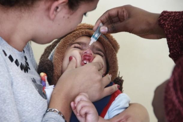 """Dia """"D"""" da vacina contra a Paralisia Infantil e Sarampo acontece neste sábado, 18, e crianças entre 1 ano e 4 anos, 11 meses e 29 dias de idade devem ser vacinadas nas UBS´s de Taboão da Serra (Foto: Ricardo Vaz / PMTS)"""