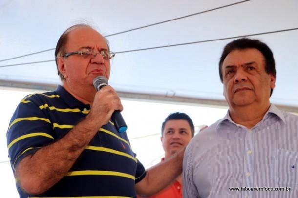 "Após ""rachar"", Laércio Lopes se acerta com o prefeito Fernando Fernandes e volta a apoiar o governo."