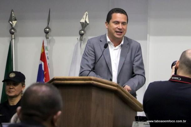 Após semanas tensionando, com pedidos até de CPI, Eduardo Nóbrega prega pela volta da normalidade.