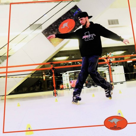 Taboão da Serra ganha a primeira pista de patinação no Taboão Plaza Outlet. (Foto: Reprodução)