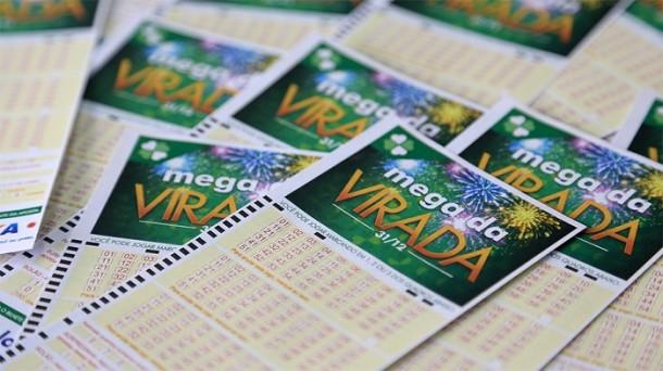 Mega da Virada tem prêmio estimado em R$ 280 milhões - Jornal do Comércio (https://www.jornaldocomercio.com/_conteudo/geral/2018/12/663250-mega-da-virada-tem-premio-estimado-em-r-280-milhoes.html)