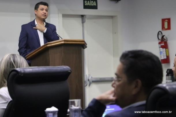 Marcos Paulo responde Onishi e afirma que sua vitória foi decidida pelos vereadores de Taboão da Serra, sem interferência externa.