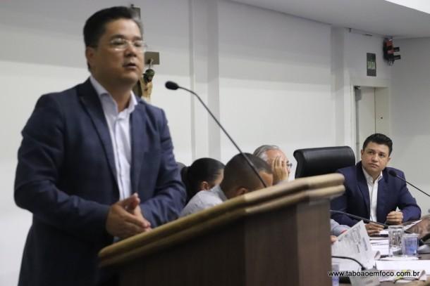 Ronaldo Onishi ainda não 'engoliu'a derrota na disputa da presidência da Câmara de Taboão da Serra.