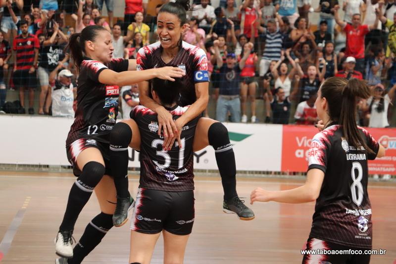Taboão da Serra vence Leoas por 2 a zero e fica perto do título da Copa do Brasil de Futsal